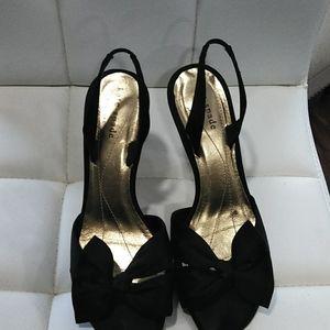 Kate spade NY  black  open toe shoe size 6…